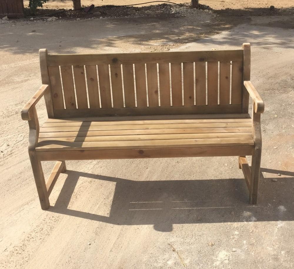אדניות יפו - ספסל עץ לגינה